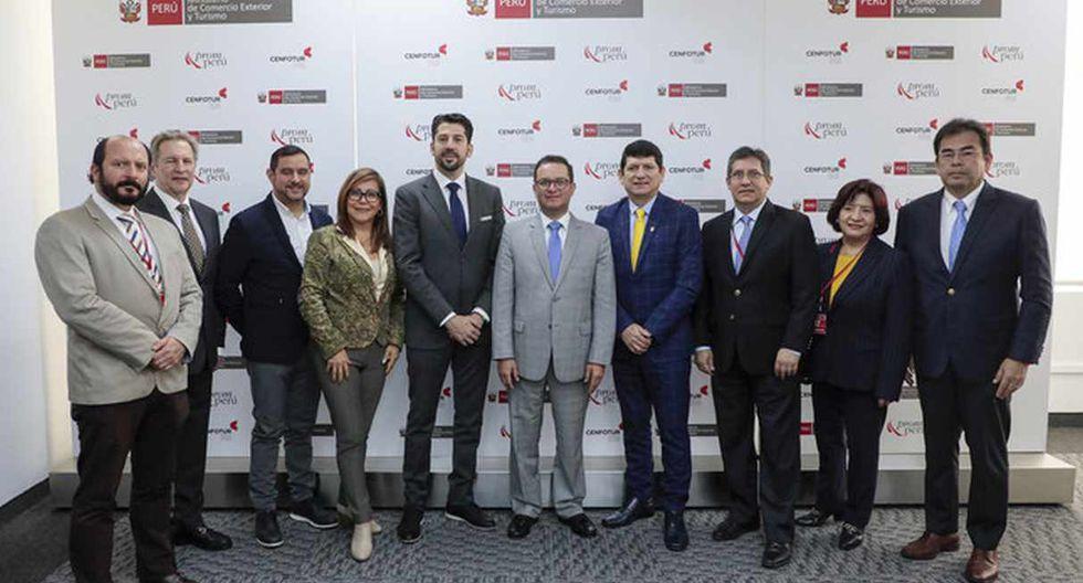 Agustín Lozano y representante de Conmebol se reunieron con el ministro del Comercio Exterior y Turismo. (Foto: MINCETUR Perú @MINCETUR)