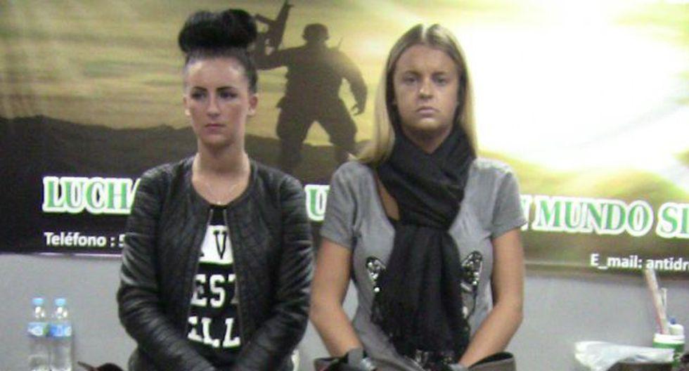Michaella McCollum (izq.) y Melissa Reid tras ser capturadas (Foto: USI)