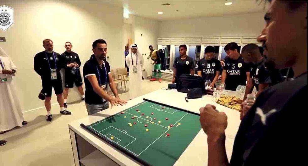 Xavi Hernández debutó oficialmente como entrenador en Qatar. (Captura: Facebook Al Sadd)