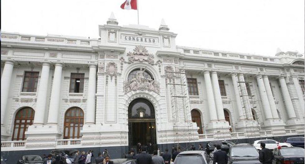"""El vocero de Fuerza Popular, Carlos Tubino, se manifestó en la misma línea y expresó sus """"más sentidas condolencias"""""""