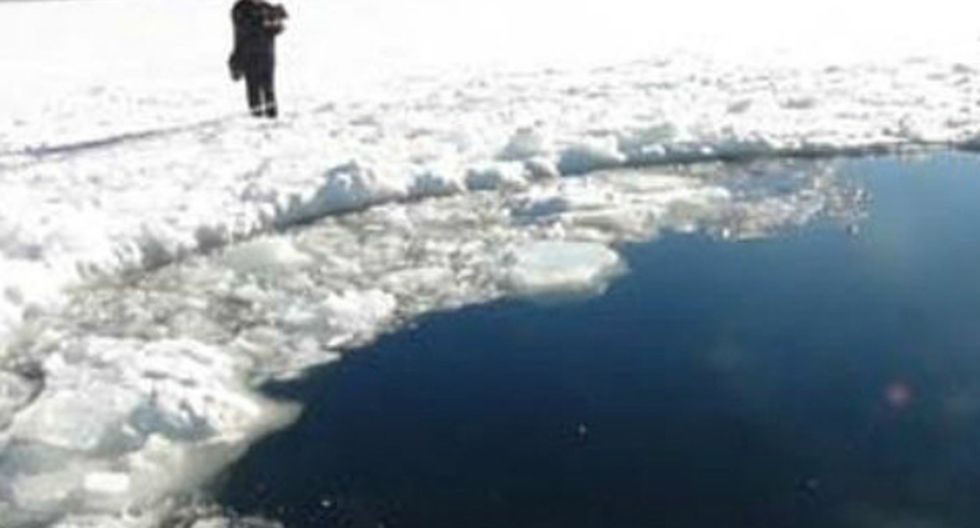 Lago Chelyabinsk, en Rusia, tras la explosión del meteorito en los Urales  (Foto: en.ria.ru)