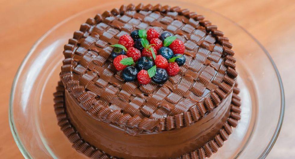 """Aprende a preparar esta deliciosa torta de chocolate. (Facebook """"La Latteria')"""
