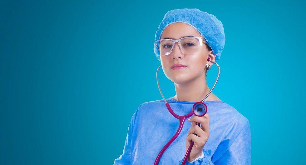 1. MEDICINA. Los médicos en el Perú ganan en promedio S/ 4,157 mensuales (Foto: Pixabay)