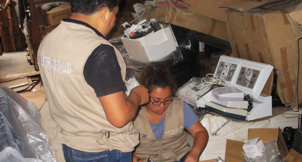 Varios productos cosméticos estaban vencidos desde el año 2005. (Foto: Minsa)