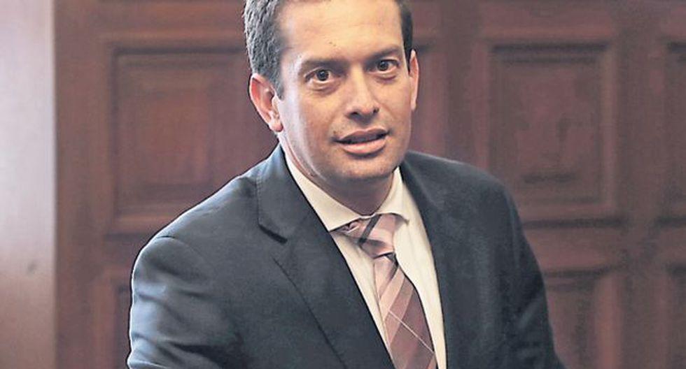 El congresista fujimorista asegura que tanto Chlimper como Elmer Cuba, los dos directores del BCR propuestos por FP, son personas confi ables. / USI