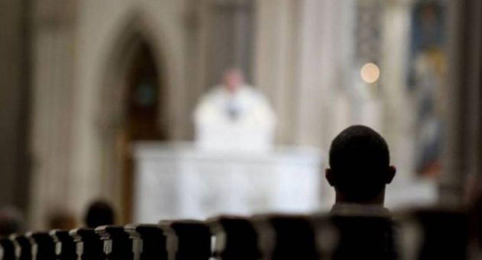 Autoridades religiosas informaron que de los 31 curas que aparecen en la lista, 17 ya fallecieron.   Foto: AFP / Referencial