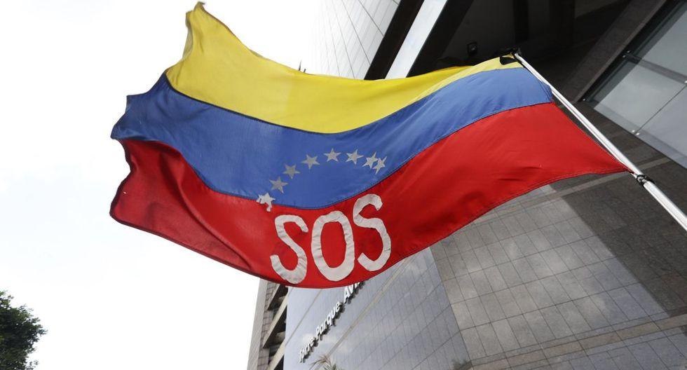 Venezuela está hundida en una crisis caracterizada por escasez de medicinas, insumos hospitalarios y otros bienes básicos. (Foto: EFE)