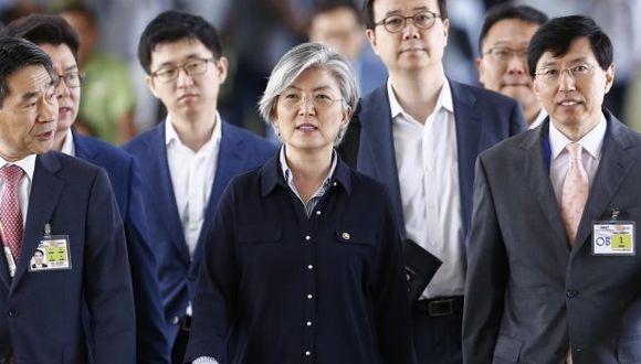 Ministra de Exteriores de Corea del Sur Kang Kyung-wha conversó vía telefónica sobre el tema con Mike Pompeo (Foto: EFE)