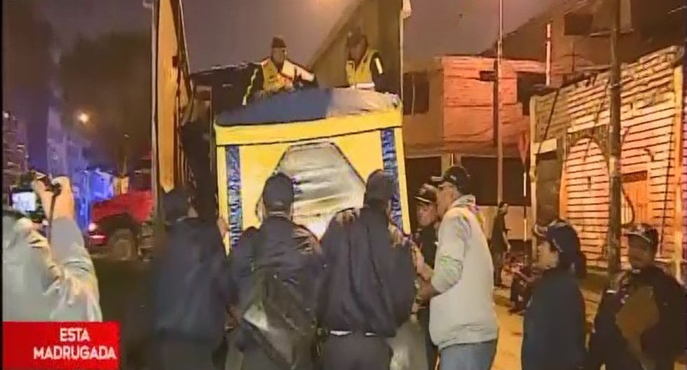 Megaoperación busca la recuperación de las calles que se encontraban tomadas por ambulantes. (Captura: América Noticias)