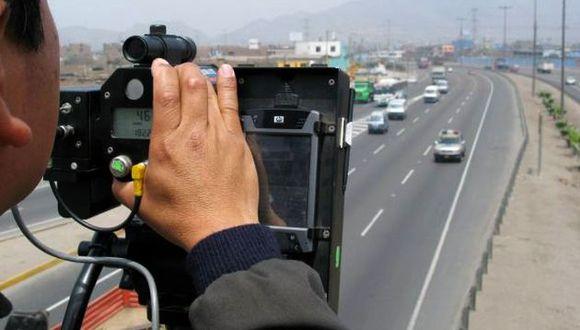 La policía ya está dispuesta a reanudar aplicación de fotopapeletas. (Foto: USI)