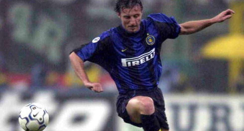 Jugó en el Inter con Ronaldo y Pirlo. despilfarró su fortuna y hoy sobrevive como leñador y panadero. (Getty)