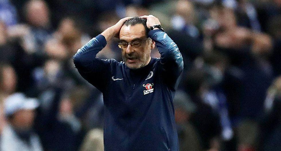 Maurizio Sarri, DT del Chelsea, protagonizó un acalorado momento cuando el arquero Kepa se negó a salir de campo para ser cambiado, durante la final de la Copa de la Liga ante Manchester City. (Foto: Reuters)