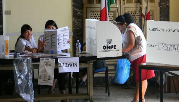 Serán 907 mil 839 peruanos residentes en 56 países los que participarán de la consulta popular este 9 de diciembre. (Andina)