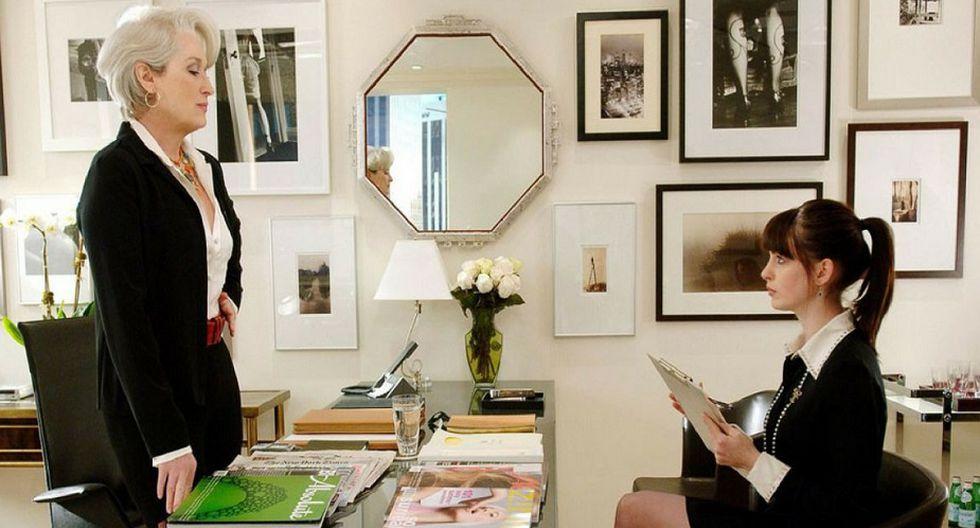 El diablo se viste de moda.Una periodista llega a trabajar a la revista de moda más prestigiosa de Estados Unidos.