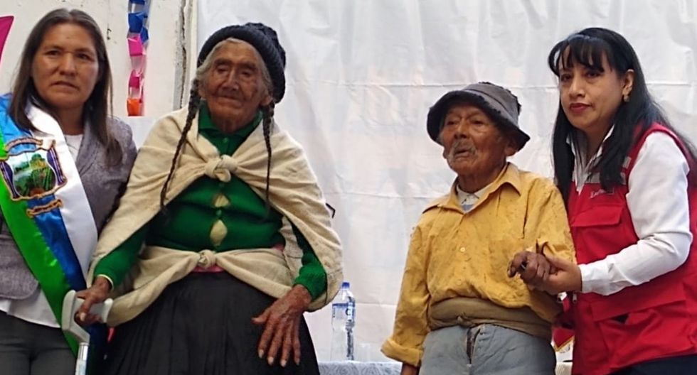 Don Marcelino Abad Tolentino accede a una subvención de Pensión 65 tras recibir su DNI. (Difusión)