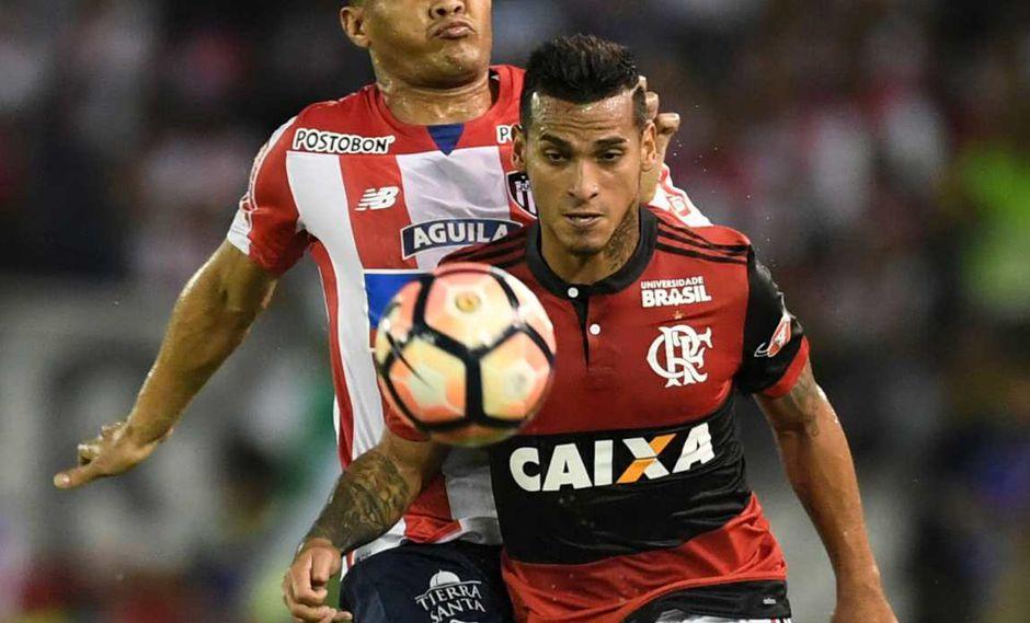 El entrenador de Flamengo explicó la titularidad de Miguel Trauco. (Foto: AFP)