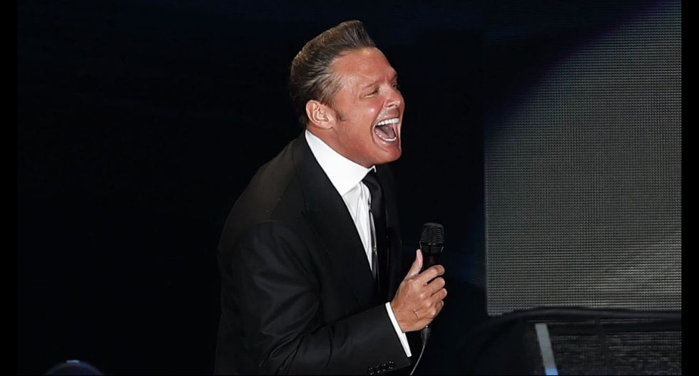 Luis Miguel: la violenta reacción contra un miembro de su equipo en pleno concierto. (AFP)