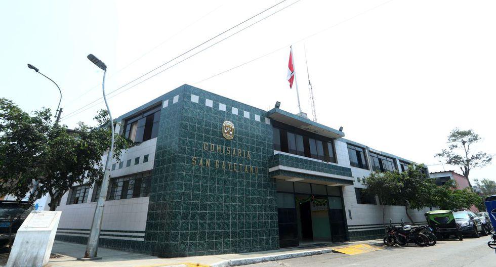 La Policía dispuso remover a todo el personal que trabajaba en la comisaría San Cayetano. (GEC)