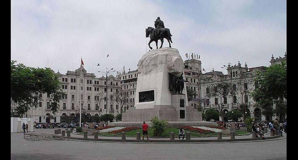 Plaza San Martín (Foto Actual: André Suárez)