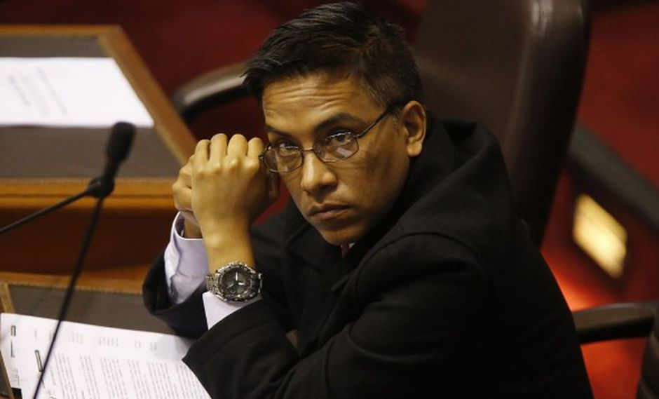 Roberto Vieiraes investigado por la Fiscalía de la Nación por presunto delito de tráfico de influencias agravado por este caso.(Foto: GEC)