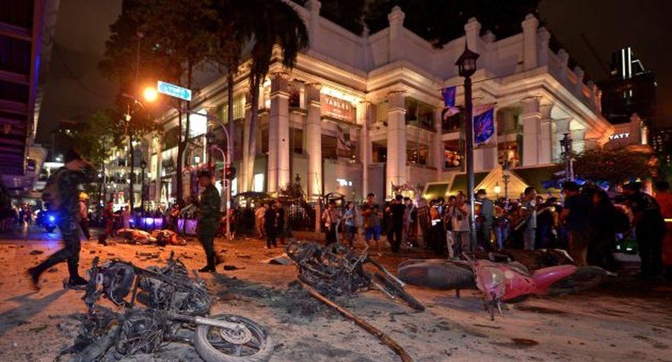 Numerosas fuerzas policiales y ambulancias acudieron al lugar de los hechos tras la explosión. (Foto: AFP)