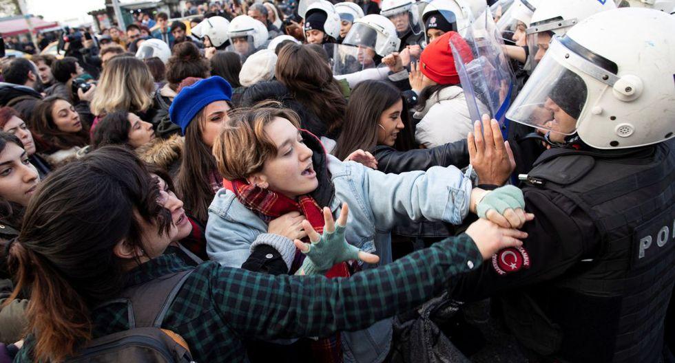 En Turquie, la violence sexiste est très présente dans le débat politique, des groupes féministes et de gauche accusant le gouvernement, conservateur et d'orientation islamiste, de ne pas attaquer les racines de la violence et de maintenir un discours patriarcal.  (EFE)