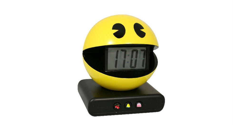 Pac-Man fue creado por Toru Iwatani, diseñador de videojuegos japonés, como encargo de la empresa Namco. El lanzamiento oficial sucedió el 21 de mayo de 1980.(Amazon  Paladone)