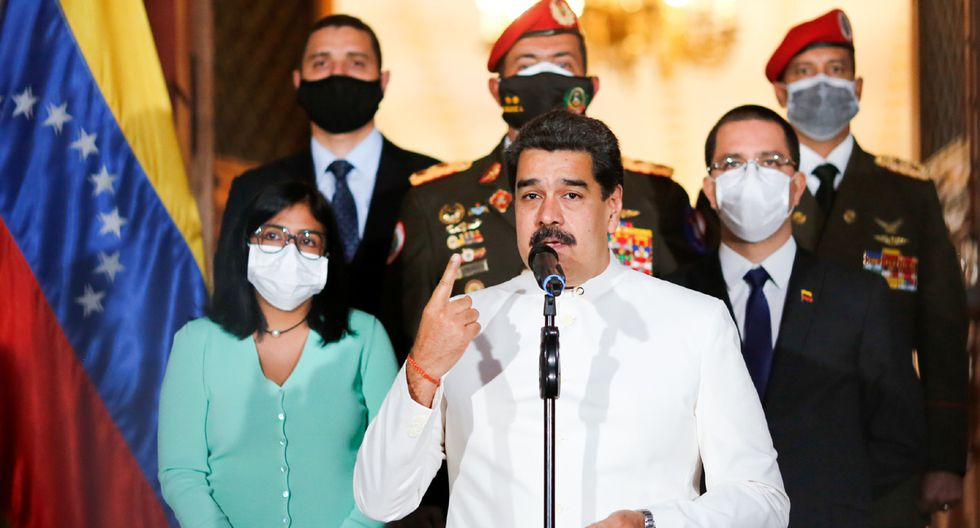Nicolás Maduro ordenó hospitalización inmediata para todos los que se contagien de coronavirus en Venezuela. (Foto: AFP/Jhonn Zerpa)