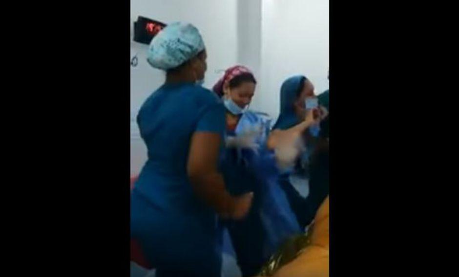 Video Enfermeras Bailan En Quirófano Con Paciente Anestesiada Y